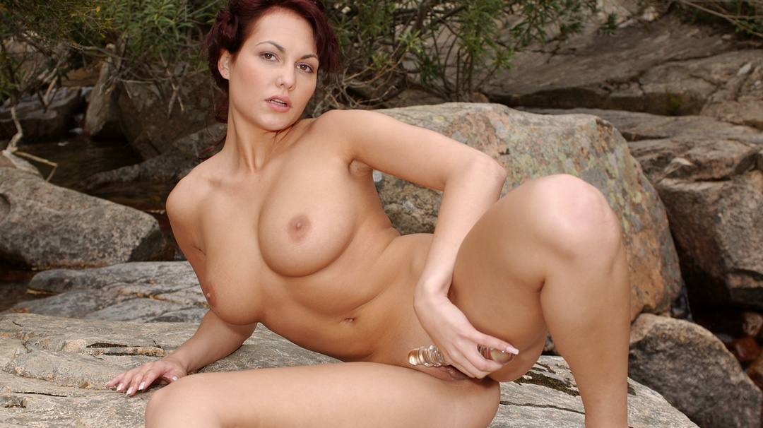 [EroticDestinations] Mariann - Photo & Video Pack 2005-2006
